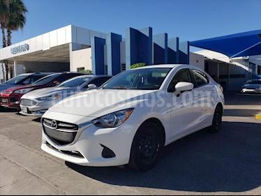 Mazda 2 Sedan i Aut usado (2019) color Blanco precio $225,000