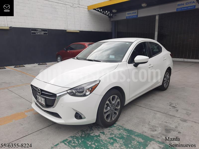 Mazda 2 Sedan i Grand Touring Aut usado (2019) color Blanco Perla precio $299,900
