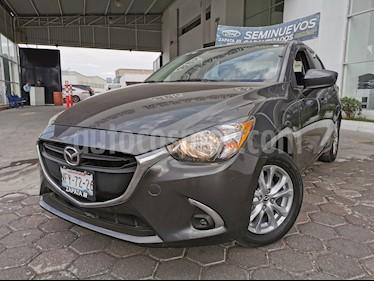 Mazda 2 Sedan i Touring usado (2019) color Gris Titanio precio $250,000