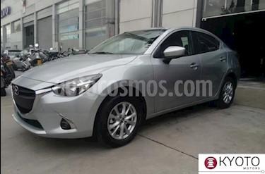 Foto Mazda 2 Sedan Touring Aut  nuevo color Plata precio $57.400.000