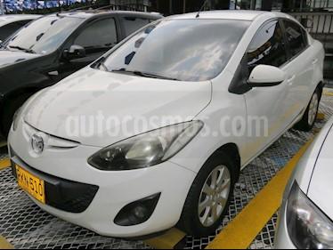 foto Mazda 2 1.5 5P usado (2011) color Blanco precio $24.900.000