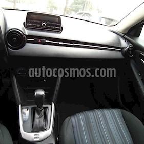 Foto Mazda 2 i Aut usado (2016) color Blanco precio $165,000