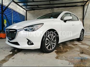 Foto venta Auto usado Mazda 2 i Grand Touring Aut (2016) color Blanco Perla precio $200,000