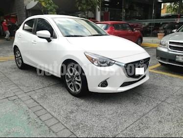 Mazda 2 5P HB I GRAND TOURING TA A/AC. AUT. VE PIEL F. LE usado (2018) color Blanco precio $225,000