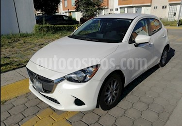 Mazda 2 i Touring Aut usado (2016) color Blanco Perla precio $163,000