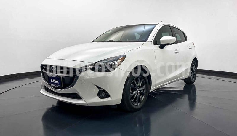 Mazda 2 i Touring usado (2016) color Blanco precio $189,999