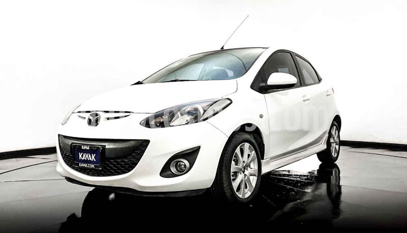Mazda 2 Touring usado (2013) color Blanco precio $139,999