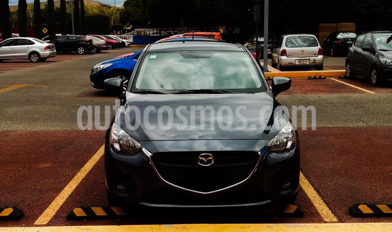 Mazda 2 i Touring usado (2017) color Gris Meteoro precio $200,000