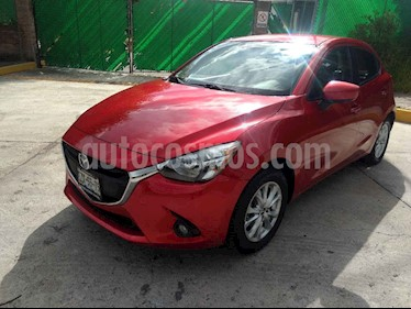 Foto Mazda 2 i Touring usado (2016) color Rojo precio $187,000