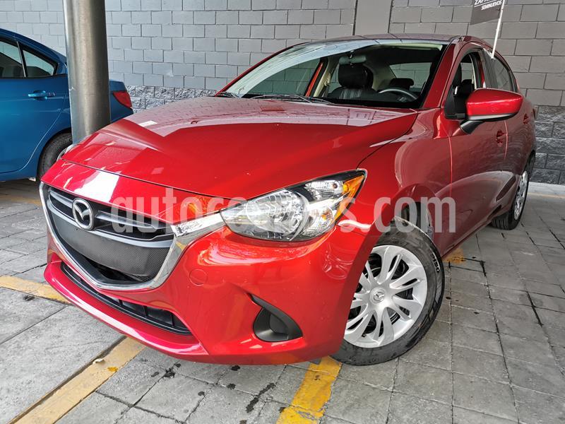 Foto Mazda 2 i usado (2019) color Rojo precio $235,000