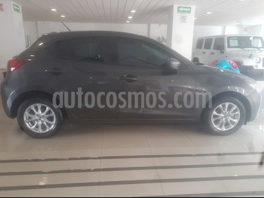 Mazda 2 i Touring usado (2019) color Gris precio $246,000