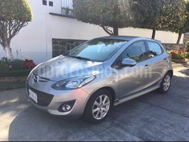 Mazda 2 i Touring Aut usado (2012) color Gris precio $125,000