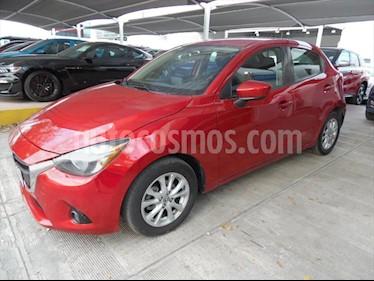 Mazda 2 i Touring Aut usado (2017) color Rojo precio $190,000