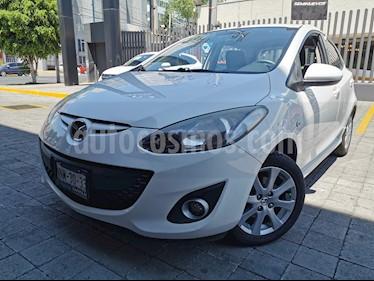 Mazda 2 Touring usado (2012) color Blanco precio $120,000