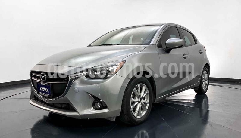 Mazda 2 i Touring usado (2016) color Plata precio $179,999