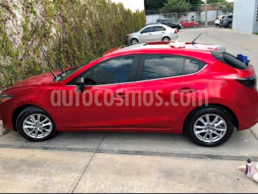 Mazda 3 Hatchback i Touring Aut usado (2018) color Rojo precio $275,000
