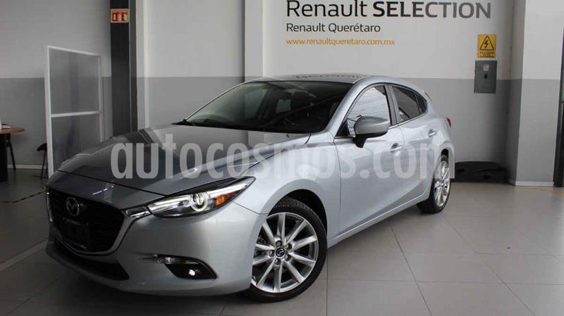 Mazda 3 Hatchback i Touring Aut usado (2018) color Plata precio $314,000