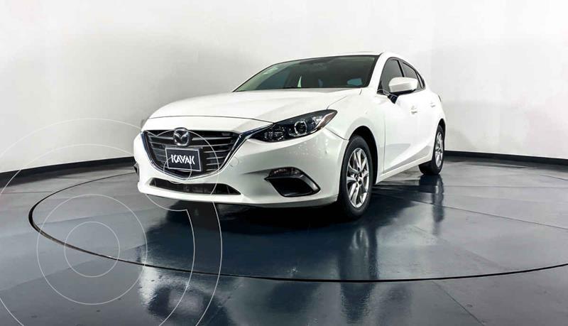 Foto Mazda 3 Hatchback i Touring usado (2015) color Blanco precio $204,999