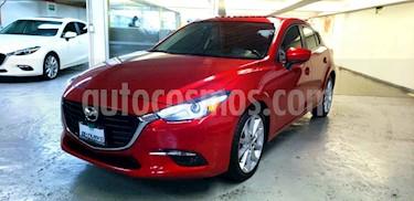 foto Mazda 3 Hatchback i Grand Touring Aut usado (2018) color Rojo precio $335,000