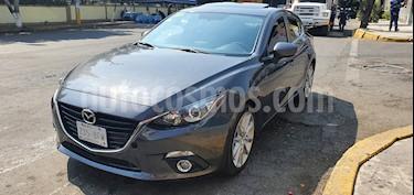 Mazda 3 Hatchback s Sport usado (2016) color Gris Meteoro precio $205,000