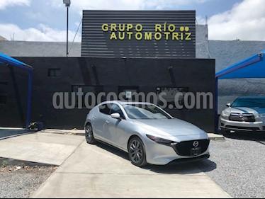 Mazda 3 Hatchback i Sport usado (2020) color Plata precio $389,000