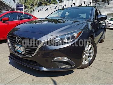 Mazda 3 Hatchback i Touring usado (2015) color Gris Meteoro precio $185,000