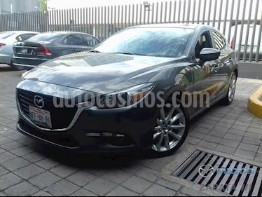 Foto Mazda 3 Hatchback s  Aut usado (2018) color Gris Titanio precio $285,000