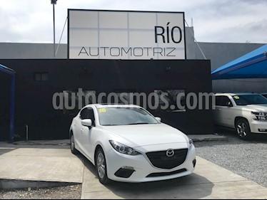 Mazda 3 Hatchback i Touring usado (2016) color Blanco Perla precio $2,190,000