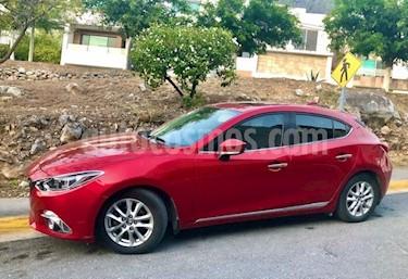 Mazda 3 Hatchback i Touring usado (2016) color Rojo precio $198,000