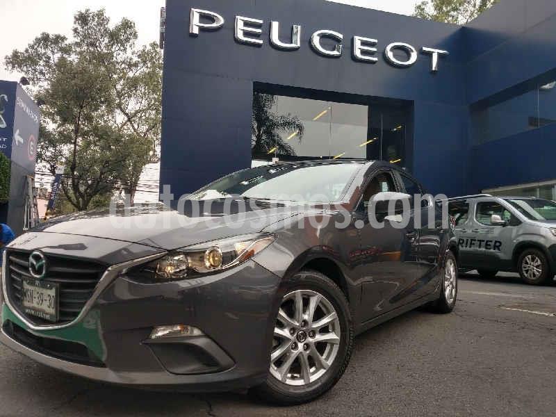 Mazda 3 Hatchback i Touring Aut usado (2015) color Gris precio $198,900
