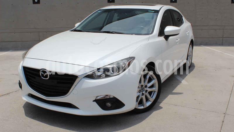 Mazda 3 Hatchback s Aut usado (2015) color Blanco precio $195,000