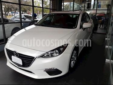 Mazda 3 Hatchback i Touring usado (2015) color Blanco Perla precio $184,000
