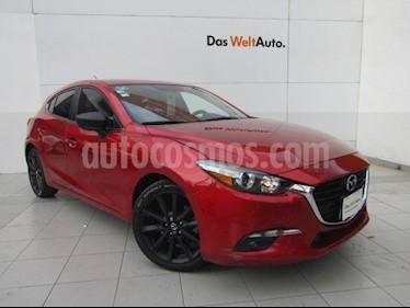 Mazda 3 Hatchback s usado (2017) color Rojo precio $245,000