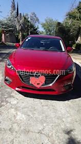 Mazda 3 Hatchback i Touring usado (2016) color Rojo precio $200,000