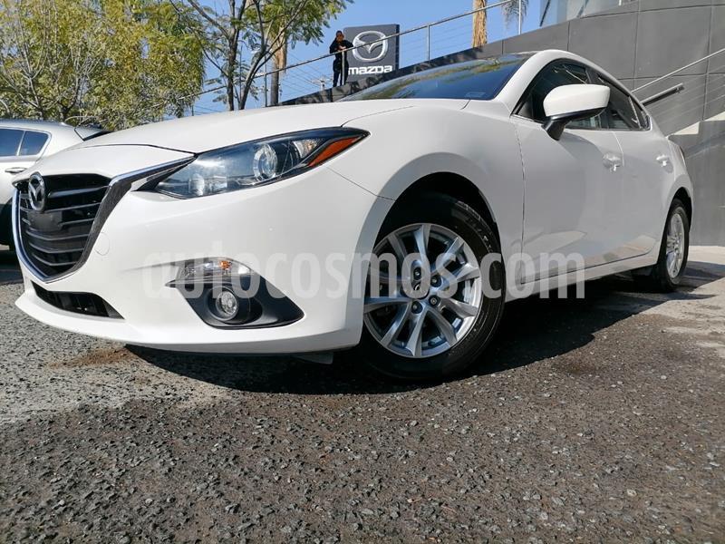 Foto Mazda 3 Hatchback i Touring usado (2016) color Blanco Perla precio $205,000