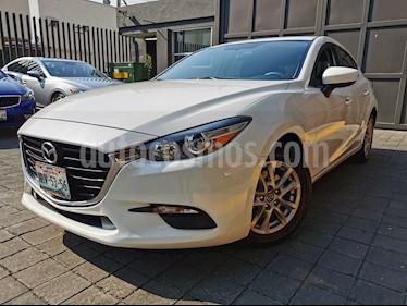 Mazda 3 Hatchback i Touring usado (2017) color Blanco Perla precio $230,000