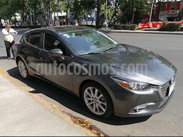 Mazda 3 Hatchback s  Aut usado (2018) color Gris Titanio precio $270,000
