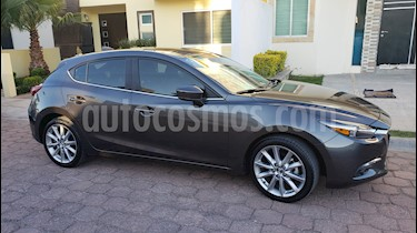 Mazda 3 Hatchback s Grand Touring Aut usado (2018) color Grafito precio $268,000
