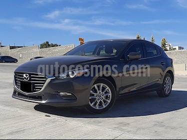 Mazda 3 Hatchback i Touring usado (2017) color Gris Titanio precio $245,000