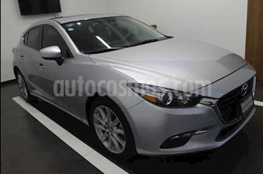 Foto Mazda 3 Hatchback s  Aut usado (2018) color Plata precio $279,000