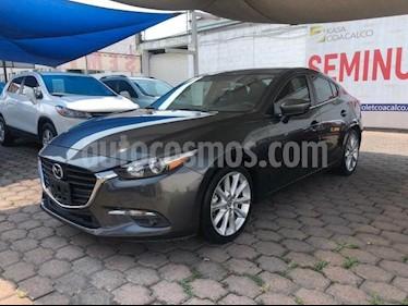 Foto Mazda 3 Hatchback s  Aut usado (2018) color Gris precio $300,000