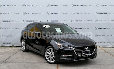 Foto Mazda 3 Hatchback s Grand Touring Aut usado (2018) color Negro precio $325,000