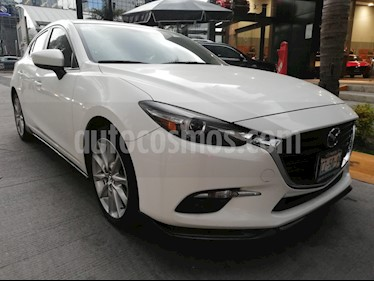 Mazda 3 Hatchback s Grand Touring Aut usado (2018) color Blanco Perla precio $325,000