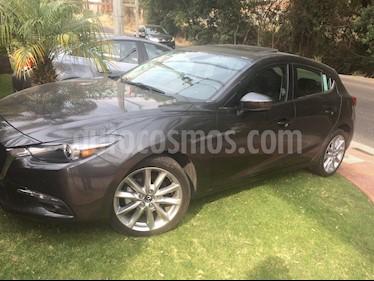 Foto venta Auto usado Mazda 3 Hatchback s Grand Touring Aut (2017) color Gris Titanio precio $260,000
