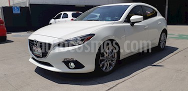 foto Mazda 3 Hatchback s Grand Touring Aut usado (2016) color Blanco Perla precio $225,000