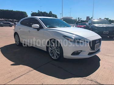 Foto venta Auto Seminuevo Mazda 3 Hatchback s Grand Touring Aut (2018) color Blanco Perla precio $325,000