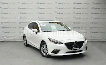 Foto venta Auto Seminuevo Mazda 3 Sedan i Touring Aut (2016) color Blanco Perla precio $240,000