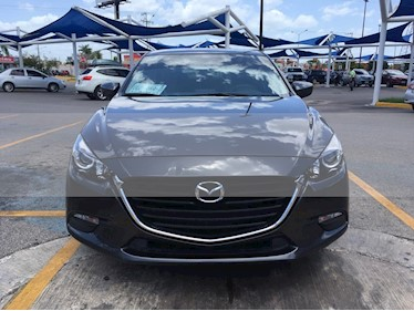 Foto Mazda 3 Sedan i Touring Aut usado (2017) color Gris Titanio precio $238,000