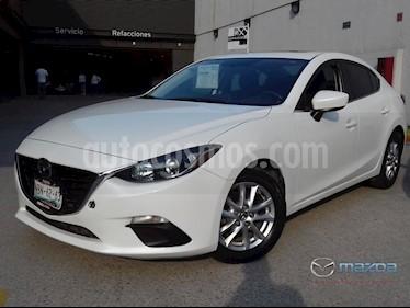 foto Mazda 3 Sedan i Touring usado (2016) color Blanco Perla precio $210,000