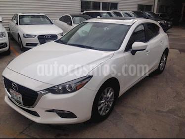 Foto venta Auto Seminuevo Mazda 3 Sedan i Touring (2017) color Blanco precio $259,000
